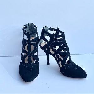 Tory Burch Black Floral Cutout Pumps size 8